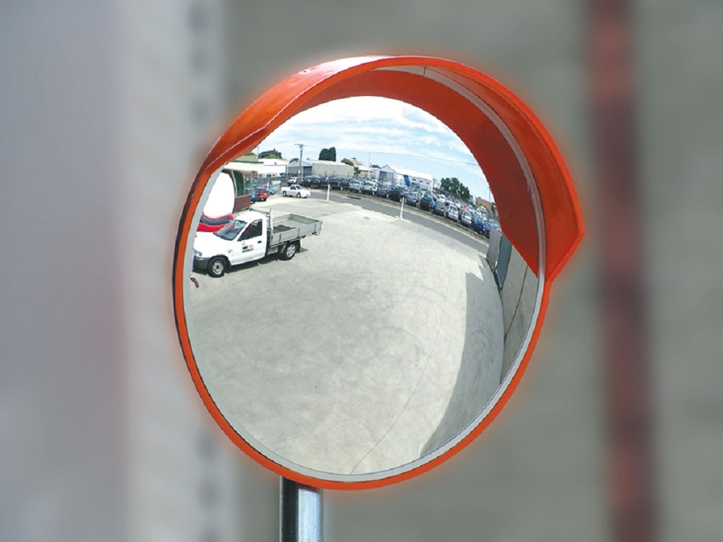 Convex mirror 600mm outdoor mc600od ritesafe for Convex mirror